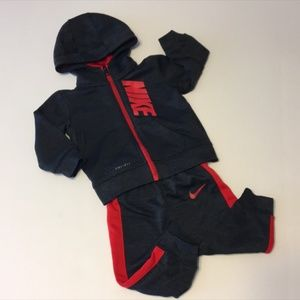 Nike Dri-Fit Baby Boy Gray/Red Sweat Suit Sz 12M
